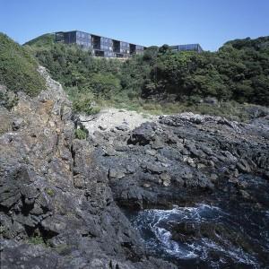 KENYUEN Nursing Home for the elderly on the Pacific cliffs